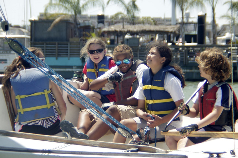 Downtown Sailing Center Junior Sailing Camp - (cool) progeny